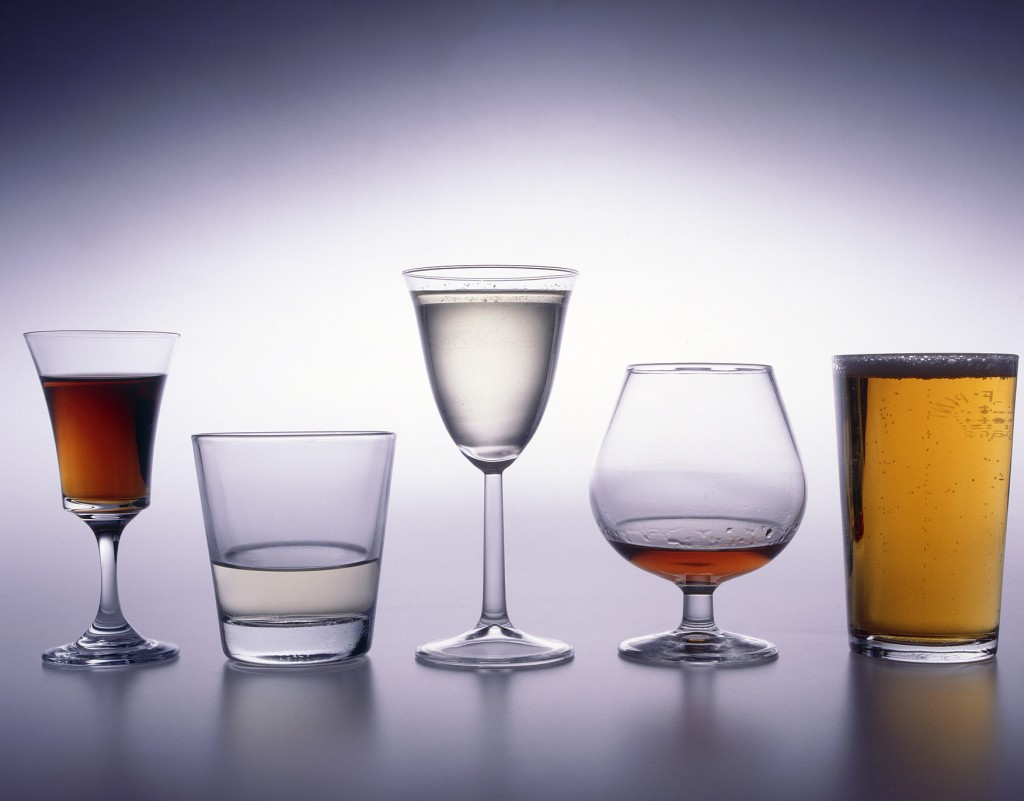 Unique ID: FDN0084  Caption: Range of drinks glasses. Alcoholic drinks poured.   Restrictions:   Copyright: ©Crown Copyright